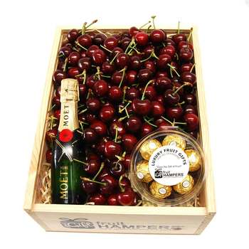 Cherry with Moet Chandon Piccolo 200ml + Chocolates